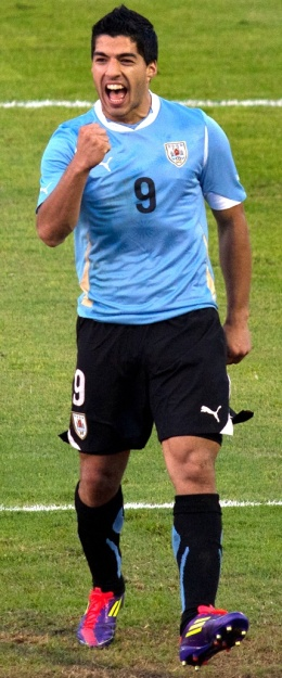 Luis_Suárez_vs._Netherlands